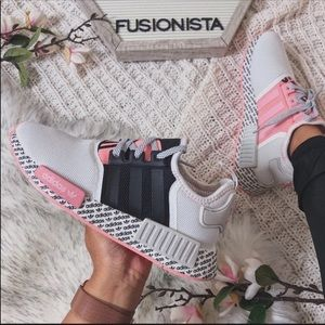 NWT 🍭 Rare Adidas NMD R1 Pink Special Edition